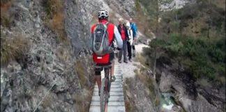 il giro in bici più pericoloso al mondo la Gola di Garnitzen