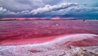 Retba lake